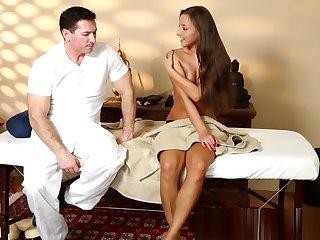 Babe, Facial, Hidden cam, Massage, Voyeur