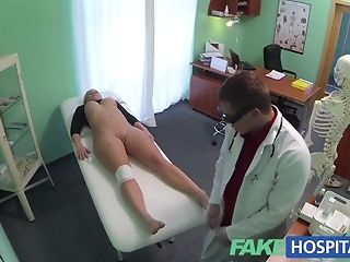 Bony platinum-blonde whips out vag and permits medicate far boink it pornvideo