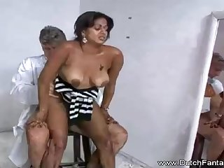 Indian mummy is getting humped take front of a catch camera and loving every single 2nd of it