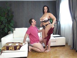 Anastasia Lux hardcore fucking bbw