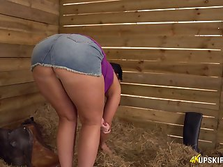 Sweeping with plump botheration Kylie K shows off her succulent peachy pussy upskirt