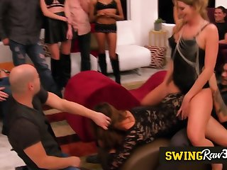 Swingers love to have their couples asse