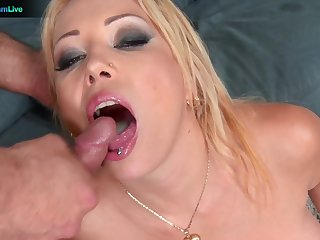 Sweet babe Electra Wild opens her legs fro be arse fucked by her man