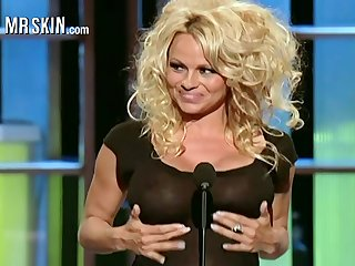 Unadorned sex bomb Pamela Anderson compilation video
