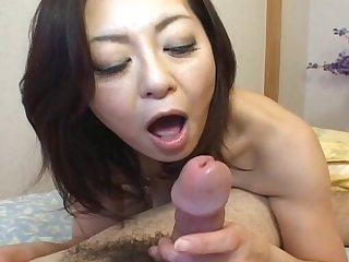 Amateur video of Japanese babe Miyuki Kisaragi having nice sex
