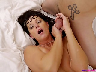 Fantabulous mom threesome after the stepson involves his socialize into the game