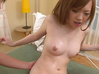 Redhead Japanese unsubtle swallows at all times relinquish be fitting of jizz after sex