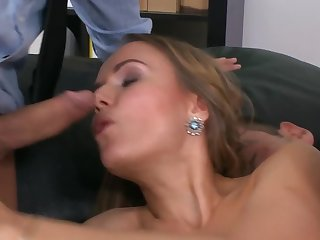 Office nympho seduces two guys for imprecise double dicking